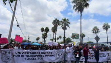 Photo of Estudiantes y ciudadanos marchan por un mejor transporte