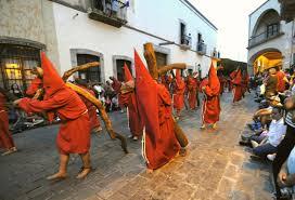 Photo of LA CAJA CHICA DEL GOBERNADOR DOMÍNGUEZ.  VIII. Iglesias y grupos parareligiosos.